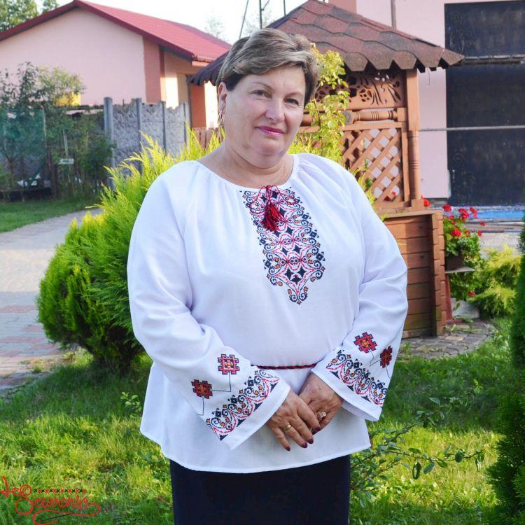 Жіночі вишиванки гуртом та в роздріб купити у Київ d90e561fc0188