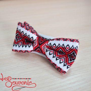 Вишитий метелик біло-червоний VM-1006