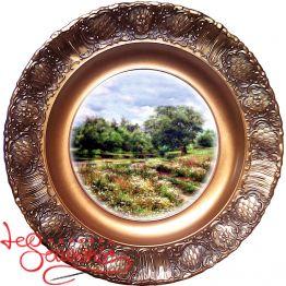 Тарелка на подставке