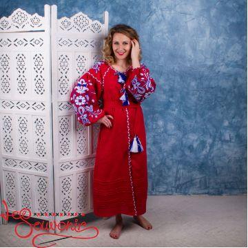 Вышитое льняное платье VSU-1096