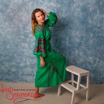 Вышитое льняное платье VSU-1131