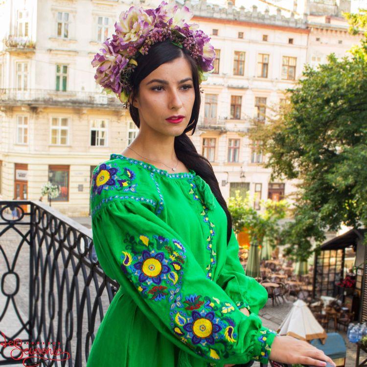1029c796c83bf7d Вышитое льняное платье зелёное VSU-1144, купить в Киев, Запорожье ...